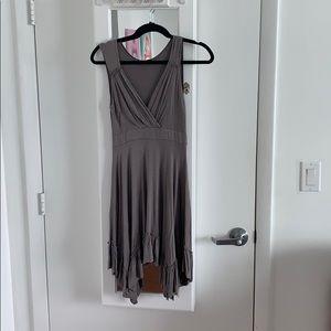 Mini dress with V neck